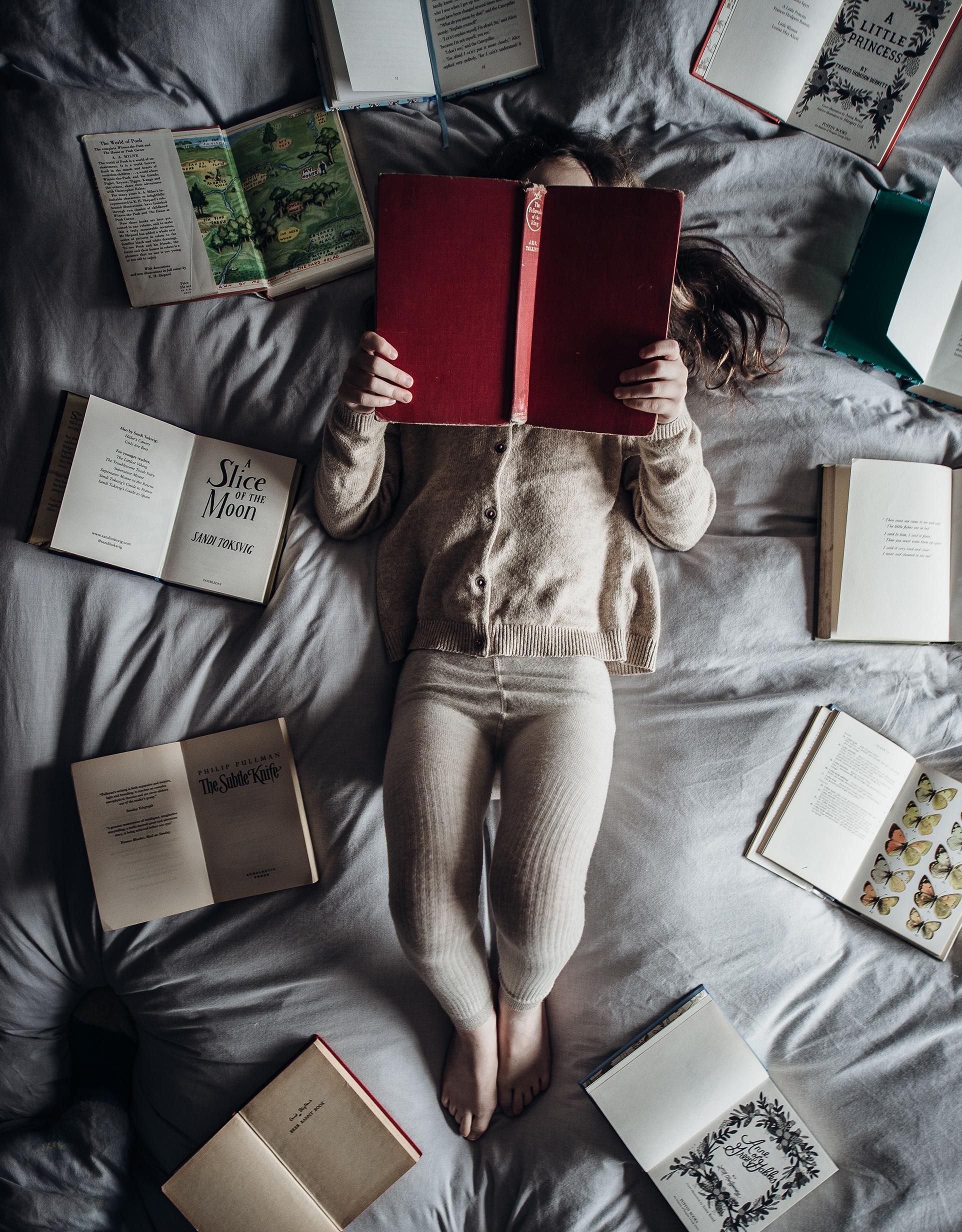 enfant lecture sans écran livre